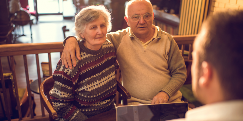 Michigan Medicare Counselor with senior couple